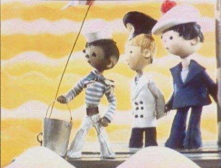 На comboplayerru можно бесплатно смотреть лицензионный мультфильм шесть иванов - шесть капитанов (1967)